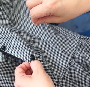 ボタンの付け直しも、ほつれた裾も全部直してくれるクリーニング店【しかも無料!】
