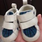 子どもの靴だって臭くなる!ゴシゴシ清潔に洗ってあげよう。