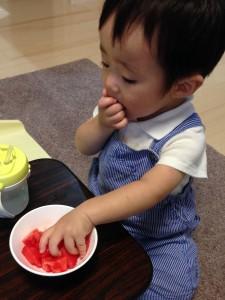 子ども服にカビが生えた時どうやって取る?クリーニング屋がやってる方法。
