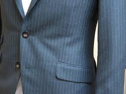 スーツのポケットのふた(フラップ)は出す?出さない?