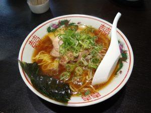 醤油ベースの甘いスープが特徴の「播州ラーメン」